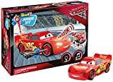 Lightning McQueen von Revell Junior Kit - Disney Cars 3 - cooler Bausatz für Kinder ab 4 Jahren zum Schrauben, Basteln und Spielen, robust, mit Light & Sound Effekten - 00860